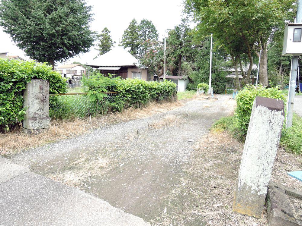 道端の庚申塔