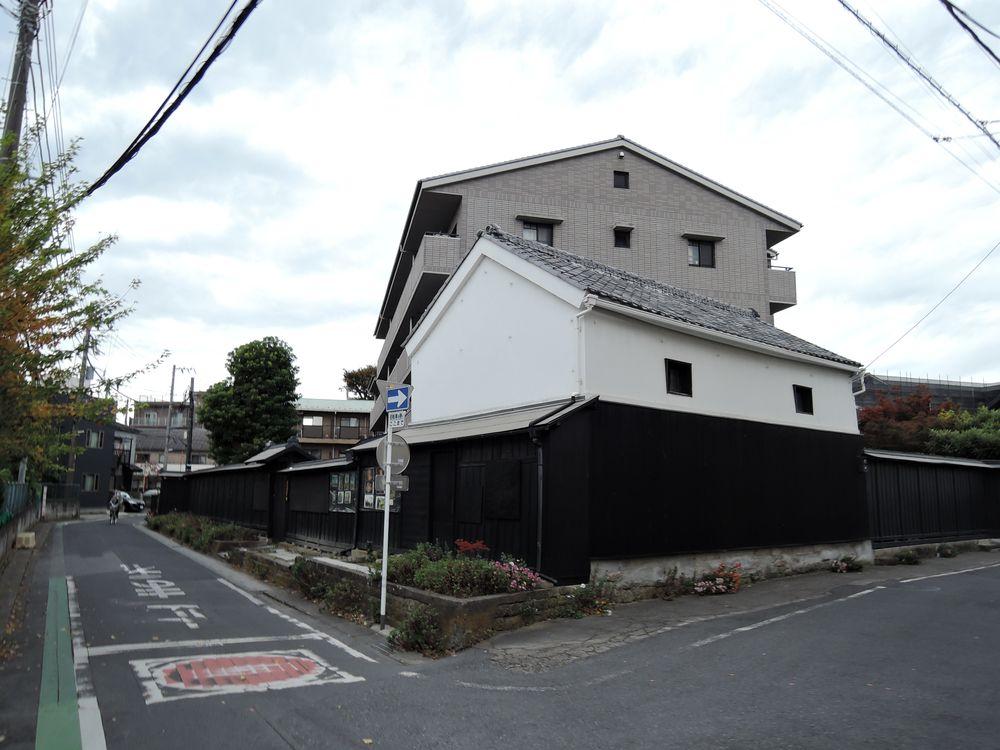 有瀧家の黒塀