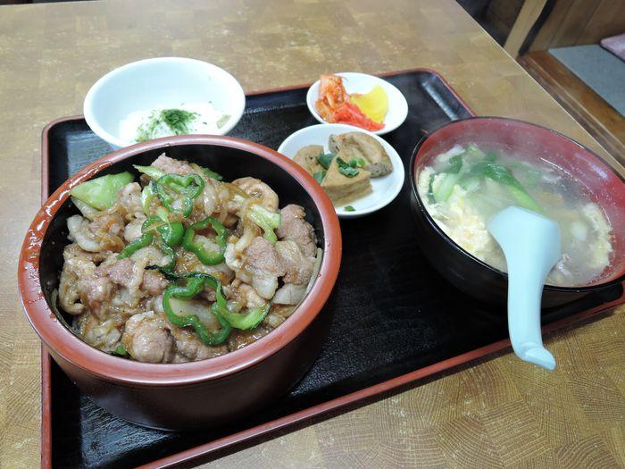 高柳亭の焼肉丼