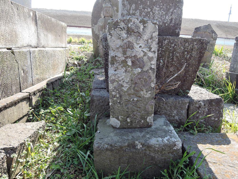 十九夜塔|森西川自治会館南共同墓地