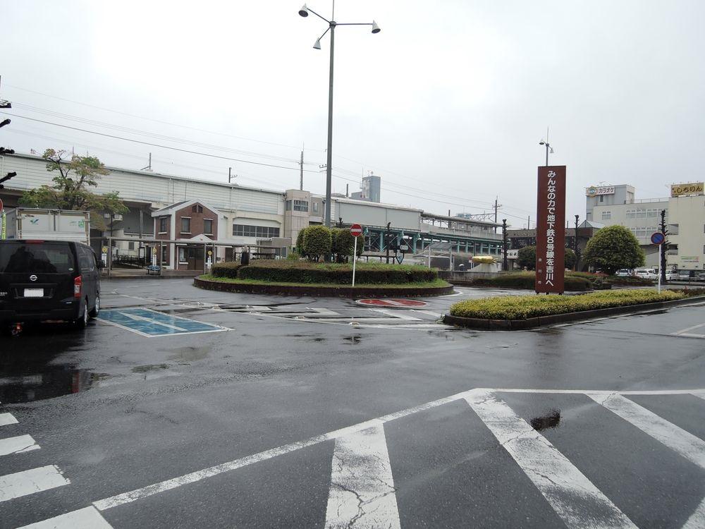 吉川駅南口ロータリー