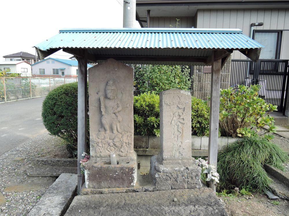 二基の庚申塔