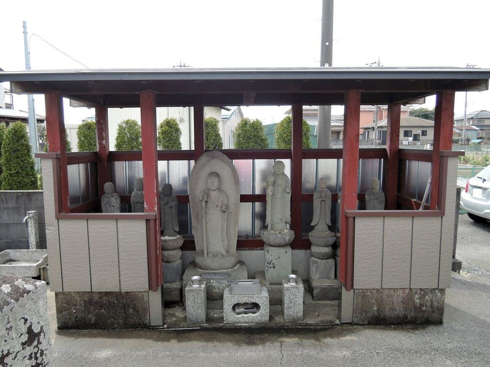 鞘堂|地蔵菩薩像