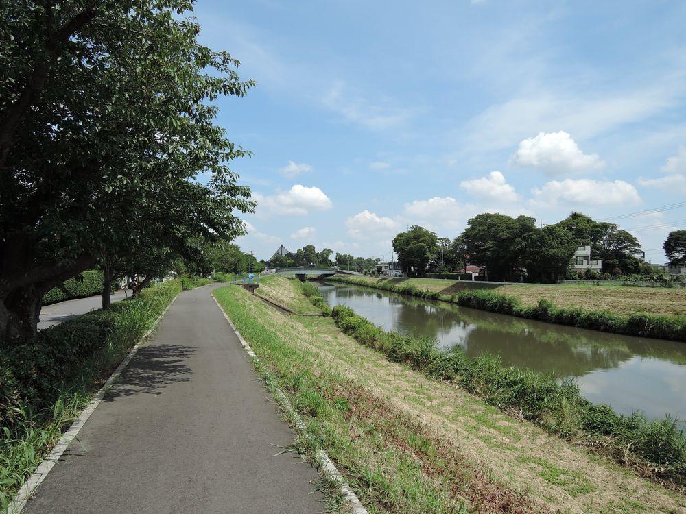 新方川緑道